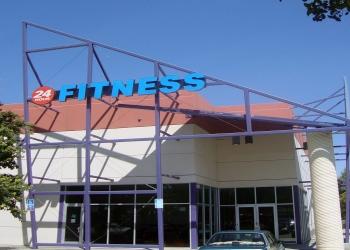 Stockton gym 24 Hour Fitness