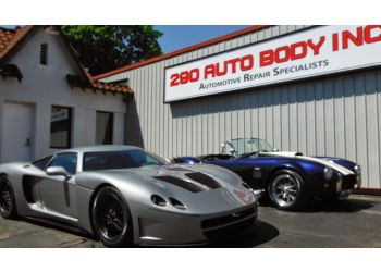 Worcester auto body shop 290 Auto Body Inc.
