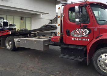 Omaha towing company 3B'S TOWING INC.