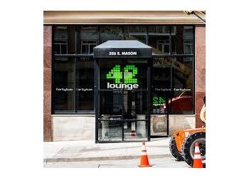 Milwaukee night club 42 Lounge
