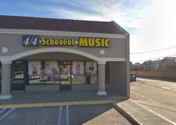 Plano music school 4/4 School of Music