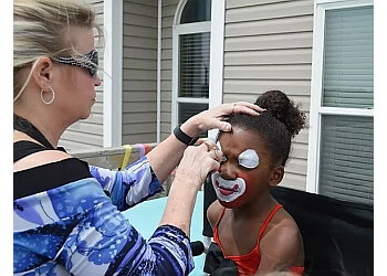 Des Moines face painting ACTS Entertainment