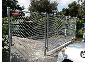 Fort Lauderdale fencing contractor A-HINZE FENCE CONTRACTORS