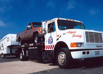 Oxnard towing company AIRPORT TOWING