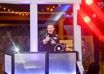 Glendale dj ALL-AMERICAN DJ