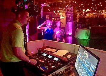 Wichita dj ALL WORLD ENTERTAINMENT DJ SERVICE