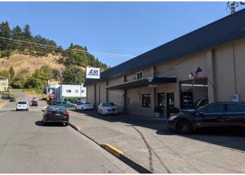 Eugene auto body shop A & M Autobody