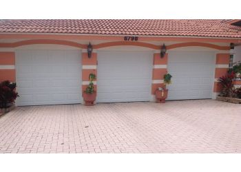 Coral Springs garage door repair AMERICA'S BEST GARAGE DOOR SERVICES