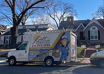 Dallas gutter cleaner AM Gutter Services