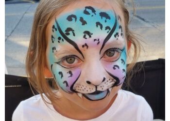 Minneapolis face painting A Touch of Magic Entertainment