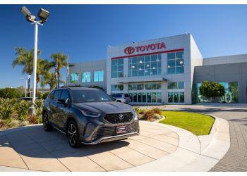 Irvine car dealership AUTONATION TOYOTA IRVINE