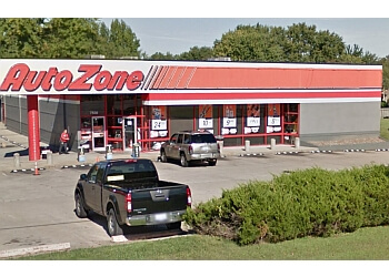 Louisville auto parts store AUTOZONE
