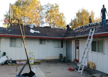 McAllen roofing contractor A&V Roofing Co. LLC