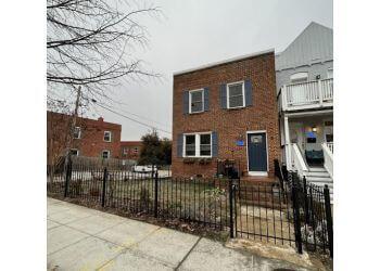 Washington fencing contractor Abay Iron & Metal Works LLC