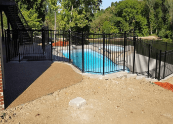 St Louis fencing contractor Abbey Fence Company