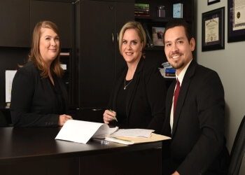 3 Best Immigration Lawyers in Kansas City, KS - ThreeBestRated