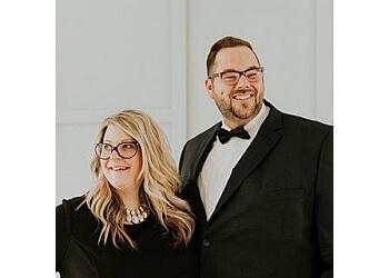 Toledo wedding photographer Adore Wedding Photography LLC
