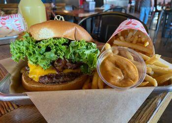 Phoenix food truck Aioli Gourmet Burgers