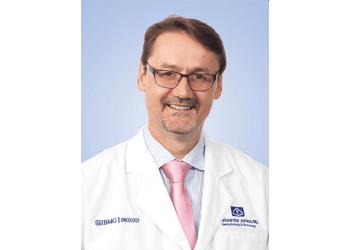 Memphis oncologist  Aleksandar Jankov, MD