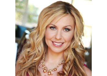 Miami real estate agent Aleksandra Marzec