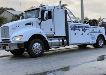 Port St Lucie towing company All Hooked Up Towing & Recovery