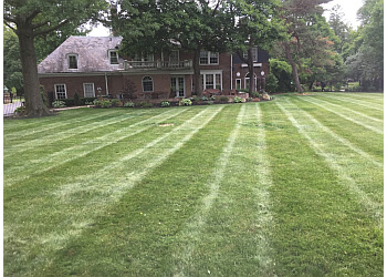 Akron lawn care service All Seasons Lawn Care