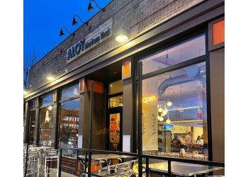Denver thai restaurant Aloy Modern Thai