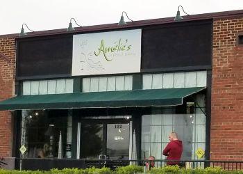 Charlotte bakery Amélie's French Bakery
