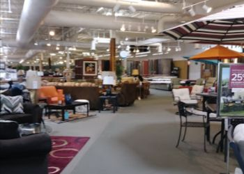 Albuquerque furniture store American Furniture Outlet and Clearance Center