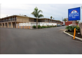 Riverside hotel Americas Best Value Inn
