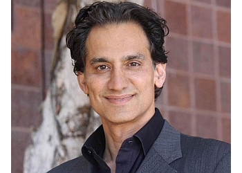 Oceanside plastic surgeon Amir Moradi, MD