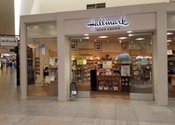 Bakersfield gift shop Amy's Hallmark Shop