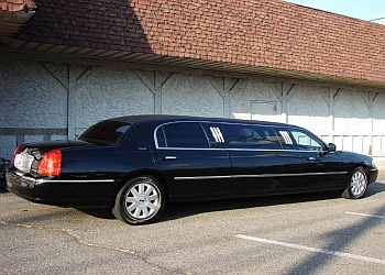 Seattle limo service Amy's Limousine Service