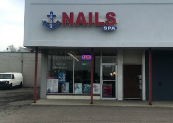 Warren nail salon Anchor Nails and Spa