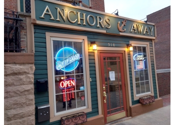 Springfield seafood restaurant Anchors Away