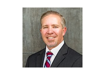 Mesa business lawyer Andrew Fowler