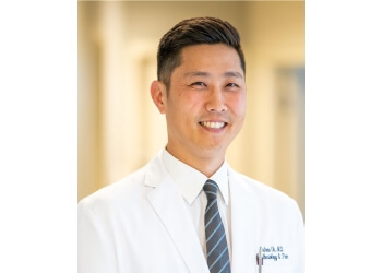 Salem pain management doctor Andrew H Oh, MD