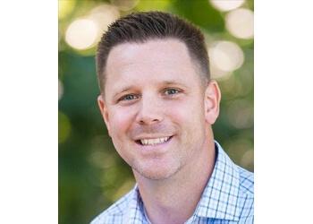 Milwaukee insurance agent Allstate Insurance: Andrew J. McCabe