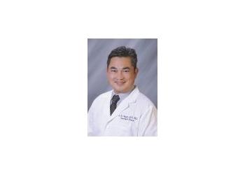 Escondido neurosurgeon Andrew Nguyen, MD