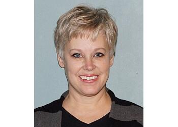 Overland Park physical therapist Ann Cooper, PT, MOMT