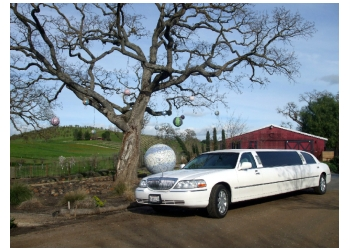 Bakersfield limo service Anna's Luxury Limousines
