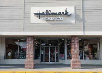 Chesapeake gift shop Ann's Hallmark Shop