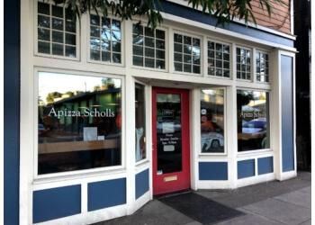 Portland pizza place Apizza Scholls