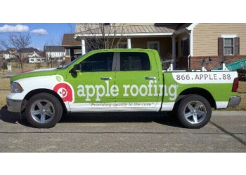 Lincoln roofing contractor Apple Roofing