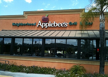 Escondido sports bar Applebee's
