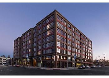 Oakland apartments for rent Aqua Via Apartments