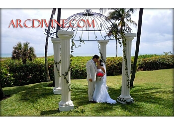 Hollywood wedding planner ArcDivine.com