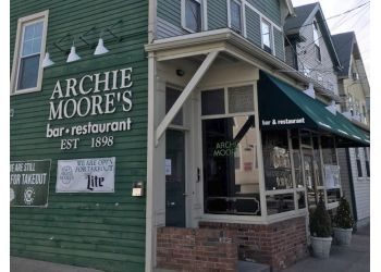 New Haven american restaurant Archie Moore's