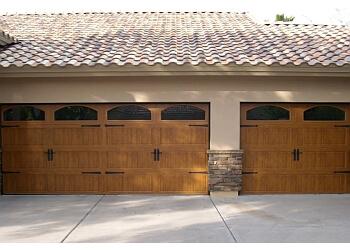 3 Best Garage Door Repair In Phoenix Az Threebestrated