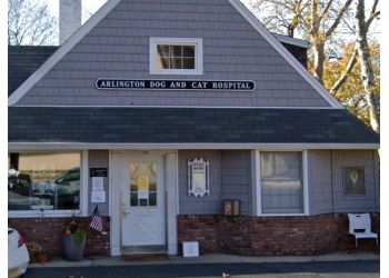 Newark veterinary clinic Arlington Dog & Cat Hospital